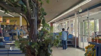 UnitedHealthcare Dual Complete Plan TV Spot, 'Extra Benefits' - Thumbnail 1