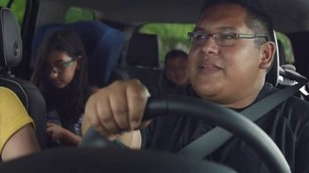 Chevrolet TV Spot, 'Familia de SUVs: ingenieros' [Spanish] [T2] - Thumbnail 6