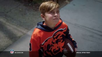 NFL Shop TV Spot, 'The Mission: Special Offer' Song by Jodosky - Thumbnail 7