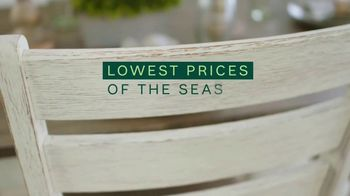 Ashley HomeStore Lowest Prices of the Season TV Spot, 'Dining Room and Living Room: 0% Interest' - Thumbnail 2