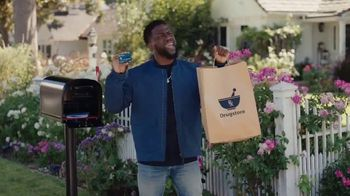 Chase Freedom Unlimited TV Spot, '3% Cash Back at Drugstores' Featuring Kevin Hart - Thumbnail 3