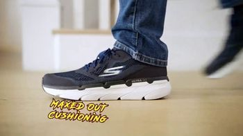 SKECHERS Max Cushioning TV Spot, To the Max' Featuring Candance and Tony Romo - Thumbnail 7