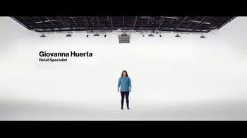 Verizon TV Spot, 'Mix and Match: $800 dólares al cambiarte y Disney+, Hulu, ESPN+' [Spanish] - Thumbnail 1