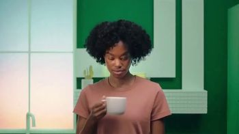 Starbucks Creamer TV Spot, 'Smooth and Creamy at Home' - Thumbnail 5