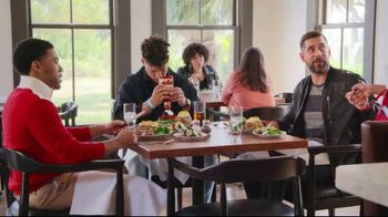 State Farm TV Spot, 'Steakhouse' Featuring Patrick Mahomes II, Aaron Rodgers - Thumbnail 7