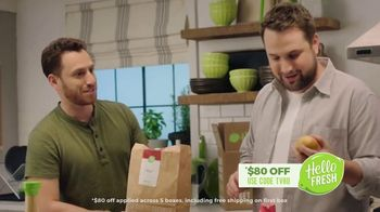 HelloFresh TV Spot, 'Stories From Real Customers: Ryan and Ramsey: No-Contact Delivery' - Thumbnail 4