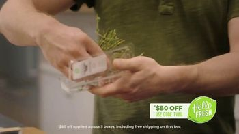 HelloFresh TV Spot, 'Stories From Real Customers: Ryan and Ramsey: No-Contact Delivery' - Thumbnail 5