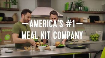 HelloFresh TV Spot, 'Stories From Real Customers: Ryan and Ramsey: No-Contact Delivery' - Thumbnail 8