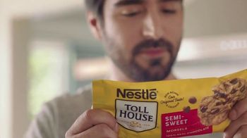 Nestle Toll House Semi-Sweet Morsels TV Spot, 'How to Share Love' Song by Gabriela - Thumbnail 1