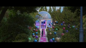 Verizon TV Spot, '5G Just Got Real' Featuring Chris Rock - Thumbnail 7