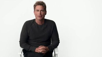 Atkins Dessert Bars TV Spot, 'Have Dessert First: Dulce' Featuring Rob Lowe - Thumbnail 1