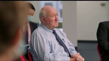 Donald J. Trump for President TV Spot, 'Voter Roundtable' Featuring Mike Lindell - Thumbnail 9