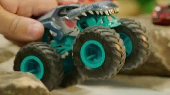Hot Wheels Monster Trucks TV Spot, 'Take on Your Back Yard' - Thumbnail 6