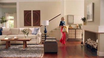La-Z-Boy Early Black Friday Sale TV Spot, 'So Many Colors' Featuring Kristen Bell - Thumbnail 2