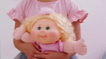 Cabbage Patch Kids TV Spot, 'The World of Cabbage Patch Kids Keeps Growing' - Thumbnail 5