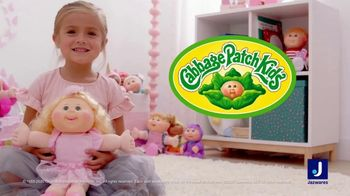 Cabbage Patch Kids TV Spot, 'The World of Cabbage Patch Kids Keeps Growing' - Thumbnail 9