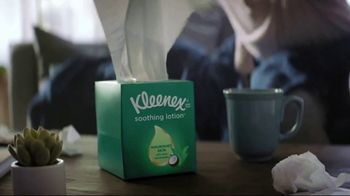 Kleenex Soothing Lotion TV Spot, 'Stuffed' - Thumbnail 4