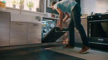 KitchenAid TV Spot, 'More to the Table' - Thumbnail 8
