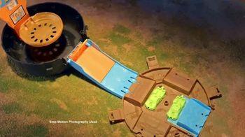 Hot Wheels Monster Trucks Stunt Tire TV Spot, 'Unfolds Into an Epic Stunt Arena' - Thumbnail 4