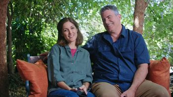 Consumer Cellular TV Spot, 'Folks: Chrissy and Mitch: Get $50' - Thumbnail 1