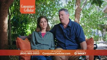 Consumer Cellular TV Spot, 'Folks: Chrissy and Mitch: Get $50' - Thumbnail 2