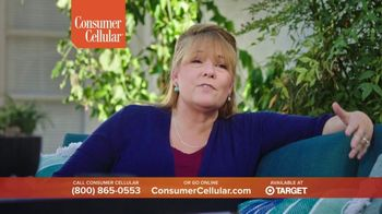 Consumer Cellular TV Spot, 'Folks: Chrissy and Mitch: Get $50' - Thumbnail 6
