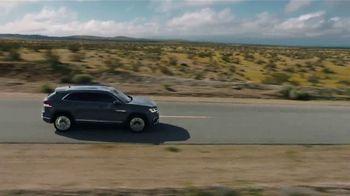 2021 Volkswagen Atlas Cross Sport TV Spot, 'Where to Go Today' Song by Huckvale [T2] - Thumbnail 6