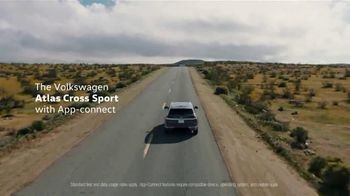 2021 Volkswagen Atlas Cross Sport TV Spot, 'Where to Go Today' Song by Huckvale [T2] - Thumbnail 7