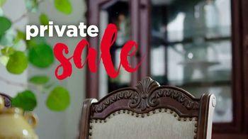 Ashley HomeStore Private Sale TV Spot, 'Hasta 50% de descuento' [Spanish] - Thumbnail 1