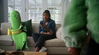 Cricket Wireless More Phone, More Fun MegaSale TV Spot, 'Mom Dancing to K-Pop' - Thumbnail 3