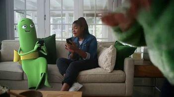 Cricket Wireless More Phone, More Fun MegaSale TV Spot, 'Mom Dancing to K-Pop' - Thumbnail 4