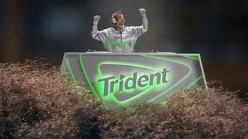 Trident TV Spot, 'Refresh Your Rhythmn'