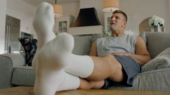 T-Mobile TV Spot, 'GOAT 5G Championship' Featuring Tom Brady, Rob Gronkowski - Thumbnail 9
