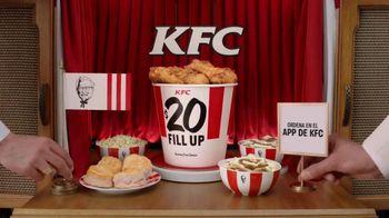 KFC $20 Fill Up TV Spot, 'Banquete para toda la familia' [Spanish] - Thumbnail 6