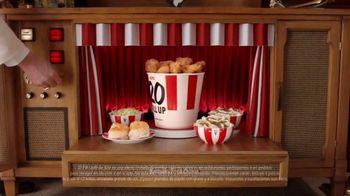 KFC $20 Fill Up TV Spot, 'Banquete para toda la familia' [Spanish] - Thumbnail 3