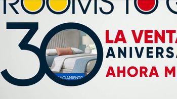 Rooms to Go Venta del 30 Aniversario TV Spot, 'Cama tapizada' canción de Junior Senior [Spanish] - Thumbnail 5