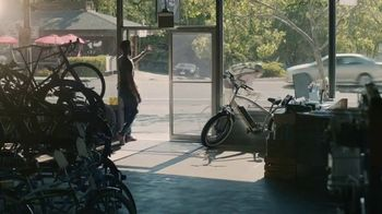 Indeed TV Spot, 'Bike Shop' - Thumbnail 8