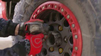 Maxxis Tires TV Spot, 'Honda Off-Road Runs RAZR MT' Song by Royal Deluxe - Thumbnail 5