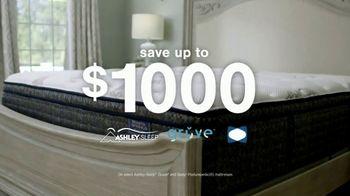Ashley HomeStore Anniversary Mattress Sale TV Spot, 'Shop and Save' - Thumbnail 4