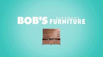 Bob's Discount Furniture TV Spot, 'Comedor Blake de siete piezas: $599 dólares' [Spanish] - Thumbnail 8