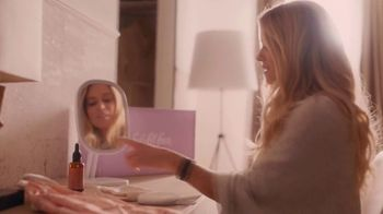 FabFitFun TV Spot, 'The Whole World Fades Away' Featuring Nicole Curtis