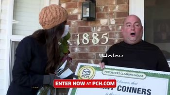 Publishers Clearing House TV Spot, 'Real People: Win $7,000 a Week' Featuring Terry Bradshaw - Thumbnail 3