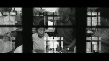 Chevron TV Spot, 'Windows' - Thumbnail 9