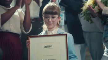 iShares TV Spot, 'Meet Eleanor T. Fitzsimmons' - Thumbnail 7