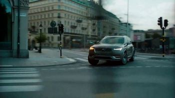 2021 Volvo XC90 TV Spot, 'The Parents' Song by Pete Seeger [T2] - Thumbnail 3