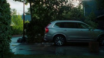2021 Volvo XC90 TV Spot, 'The Parents' Song by Pete Seeger [T2] - Thumbnail 5