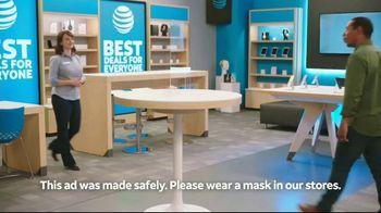 AT&T Wireless TV Spot, 'Making History' - Thumbnail 1