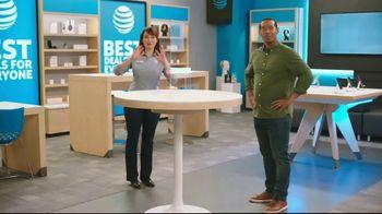 AT&T Wireless TV Spot, 'Making History' - Thumbnail 7