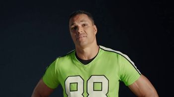 Wonderful Pistachios TV Spot, 'Mascot' Featuring Tony Gonzalez - Thumbnail 3