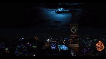 Netflix TV Spot, 'Hubie Halloween' Song by KAAZE, Maddix & Nino Lucarelli - Thumbnail 1